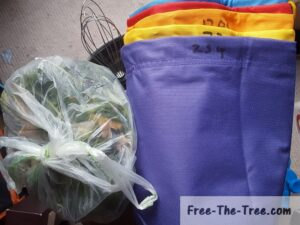 bubble bags, bud trims, ice mixer and water container for bubblehast