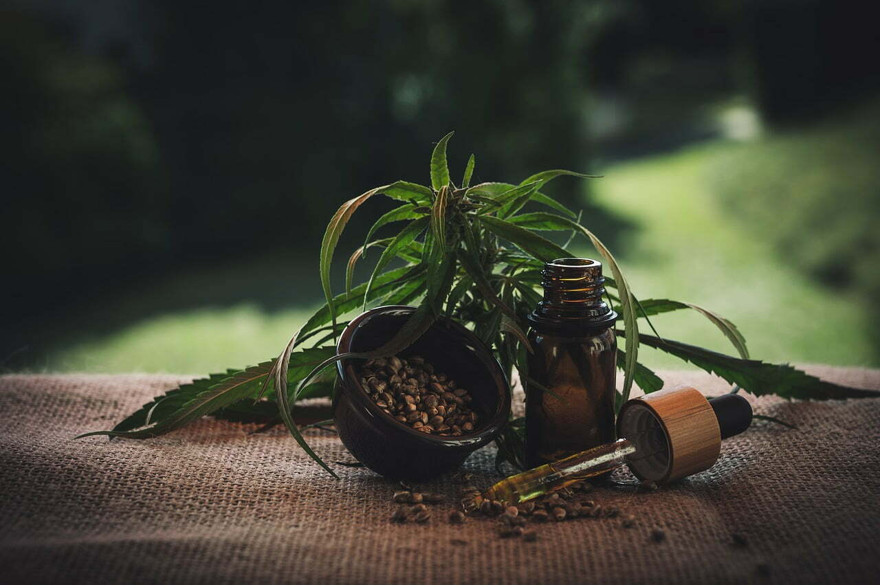 A 7 Step Guide On How To Choose A CBD Oil That Is Right For You thumbnail